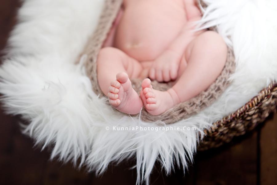 photographe nouveau né Caen bébé 18 jours