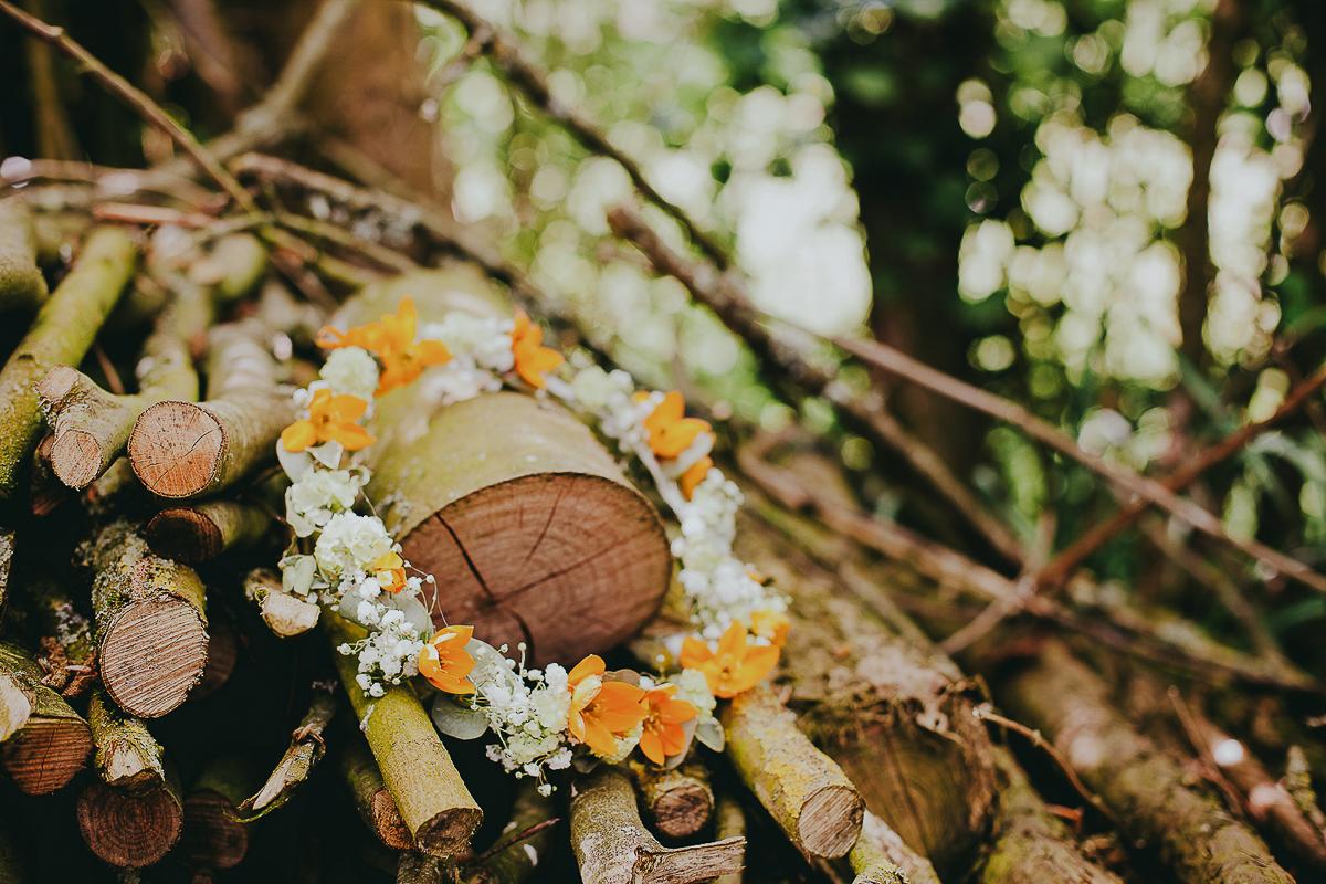 wedding photographer photographe mariage mariage champetre couronne de fleurs
