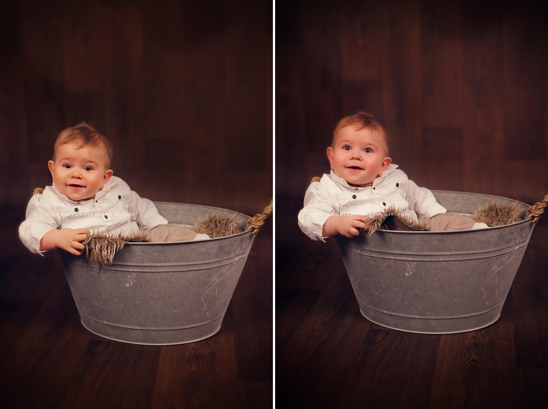 Photographe bébé 6-9 mois en studio Caen bébé tient assis 7 mois sourire de bébé