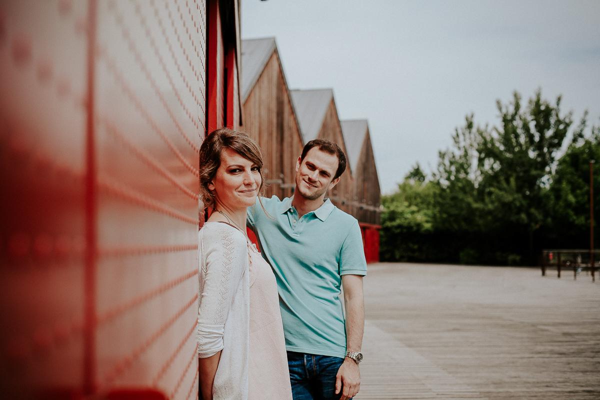 séance engagement couple boulogne billancourt photographe mariage les quais de seine